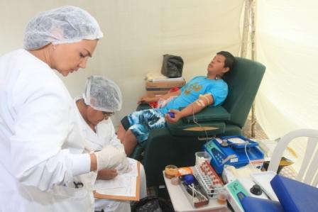 Celebran-en-Bolivia-dia-del-donante-de-sangre