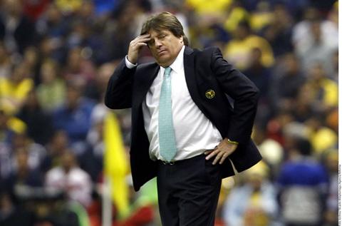 -Dimos-una-oportunidad-a-un-equipo-que-no-hizo-nada-,-lamenta-DT-mexicano