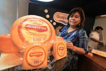 Apuntan-a-exportar-queso-de-San-Javier-a-Paraguay