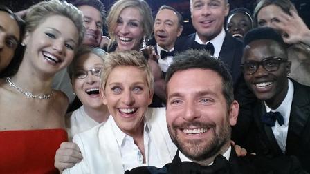 Designan-nombre-para-la-selfie-grupal:-usie