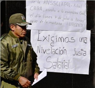 Policias-de-Potosi-quedan-solos-en-las-protestas