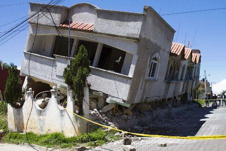 Fuerte-sismo-en-Mexico-y-Guatemala-causa-6-muertes