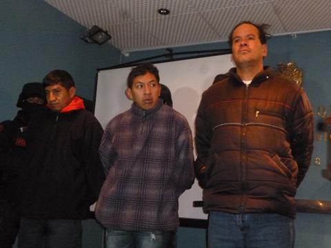 Ministro-Perez-presenta-a--autores-del-asesinato-de-mujer-embarazada-