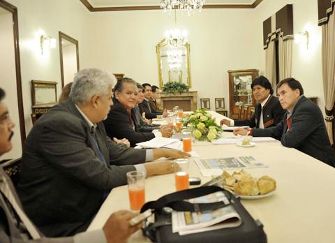 Evo-compromete-respaldo-a-proyectos-de-empresarios-del-norte-amazonico