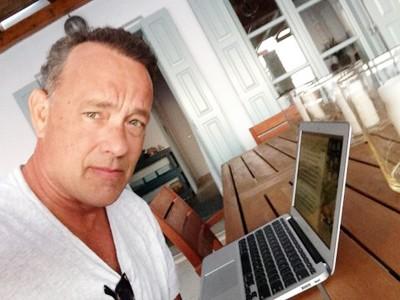 Aplicacion-desarrollada-por-Tom-Hanks-es-todo-un-exito-en-App-Store