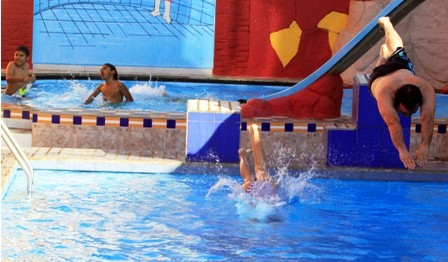 Suman-los-requisitos-para--que-funcionen-las-piscinas