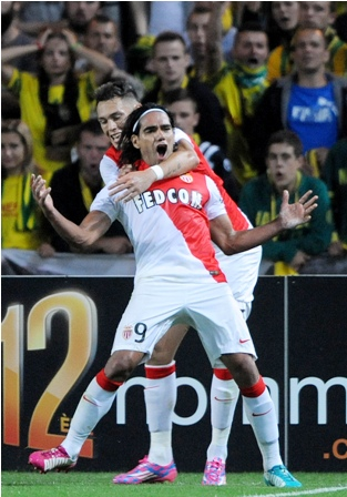Radamel-Falcao-le-da-la-victoria--al-Monaco-