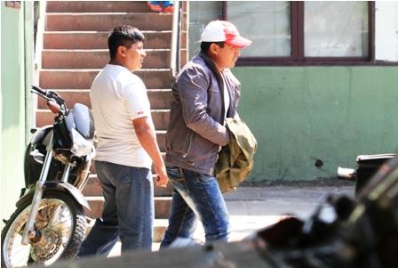 Arrestan-a-un-policia-por-meter-droga-en-Palmasola