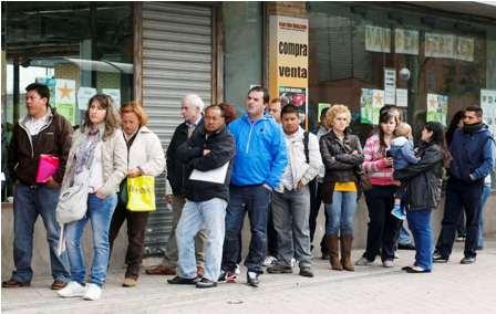 Italia-cae-en-recesion-y-sigue-a-la-cola-de-sus-socios