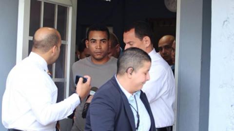 Arrestan-a-Don-Omar