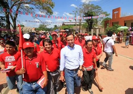 Tuto-Quiroga-dice-estar-cerca-de-alcanzar-a-Evo-Morales-en-la-intencion-de-voto