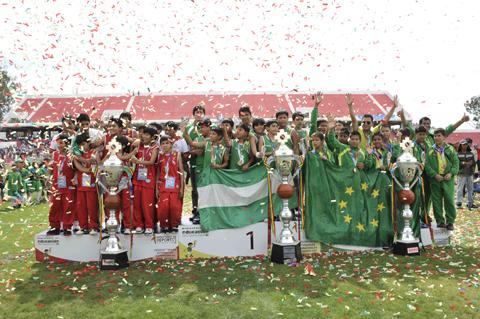 Juegos-Estudiantiles-Plurinacionales:-Santa-Cruz-se-corona-campeon-