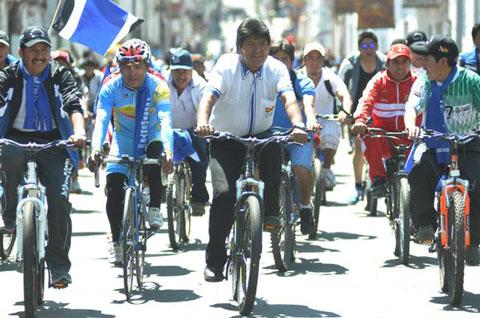 """Bolivia-buscara-instaurar-el-""""Dia-del-Peaton""""-en-todo-el-mundo"""