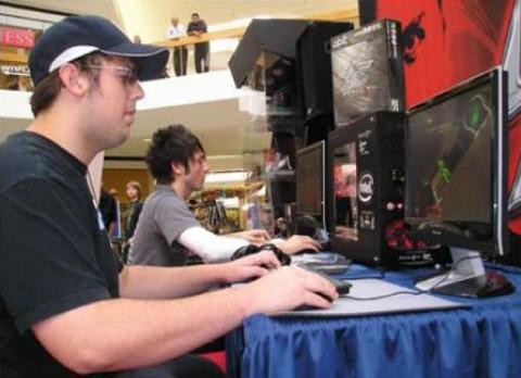 Hombre-fallece-en-cybercafe-tras-jugar-por-tres-dias--