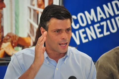 Impiden-a-expresidentes-visitar-en-la-carcel-a-opositor-Leopoldo-Lopez