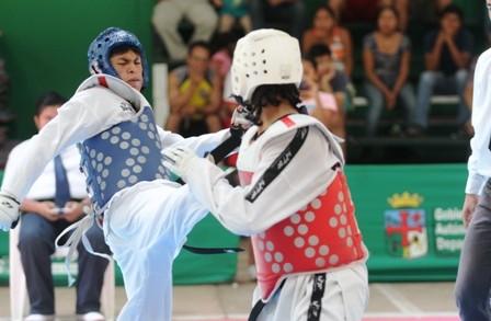Santa-Cruz,-campeon-en-nacional-de-taekwondo