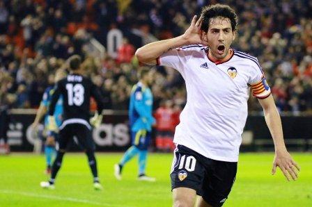 Valencia-supera-al-Sevilla-y-lo-desplaza-en-la-tabla