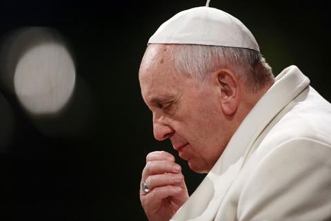 El-Papa-recibe-en-una-audiencia-privada-a-un-transexual-espanol