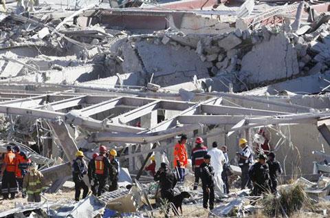 Autoridades-rectifican-y-reportan-solo-dos-muertes-por-explosion-en-hospital-mexicano