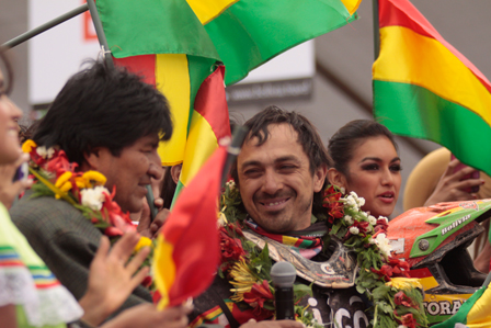 -Evo-y---Chavo---Salvatierra-recibiran-a-competidores-del-Dakar