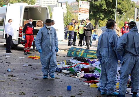 Al-menos-86-muertos-en-atentado-en-Turquia