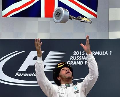 Hamilton-se-acerca-a-su-tercer-titulo-mundial