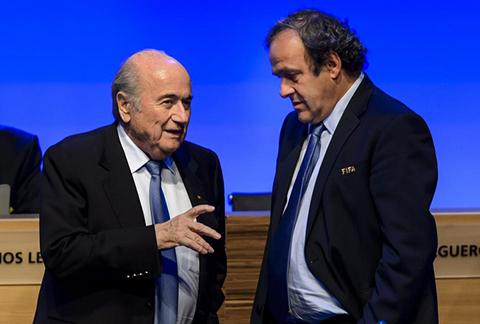 Blatter-dice-que-pago-a-Platini-fue-un--pacto-de-caballeros-