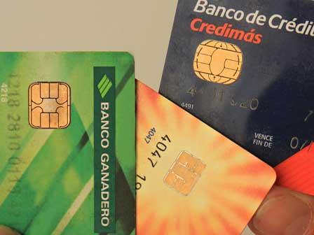 Crece-uso-de-tarjetas-de-credito-y-debito-