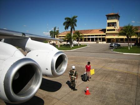 Anuncian-inversion-en-dos-aeropuertos-de-Santa-Cruz