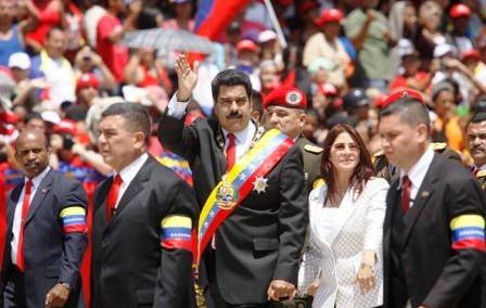 Pese-a-la-debacle,-Maduro-piensa-en-la-reeleccion