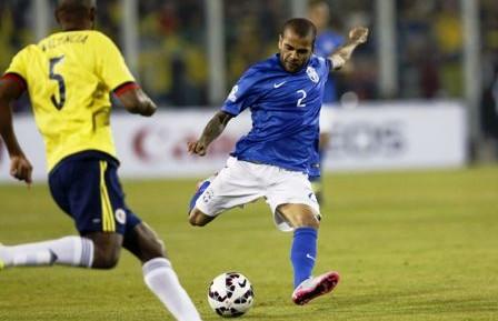 Alves-es-convocado--en-lugar-de-Rafinha-