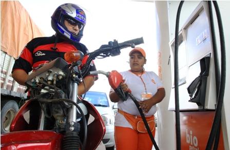 Garantiza-provision-de-combustible-en-San-Julian-