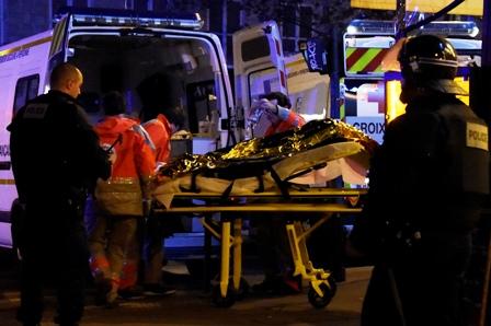 Terror-en-Paris:-serie-de-ataques-dejan-mas-de-100-muertos
