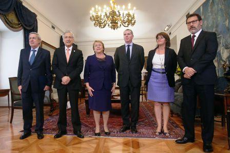 Tras-derrota-en-La-Haya,-renuncia-agente-chileno-