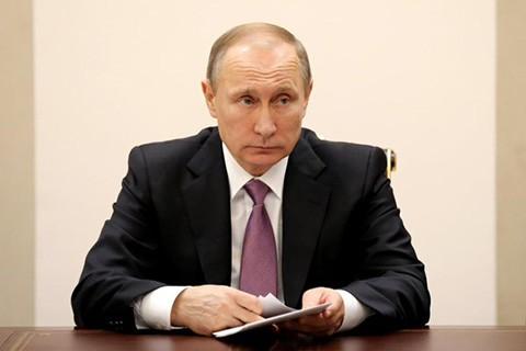 Putin:-el-derribo-de-un-avion-ruso-es-una--punalada-por-la-espalda-