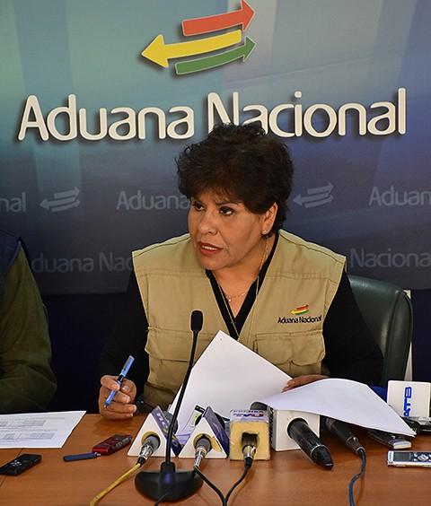 -Aduana-boliviana-hace-el-mayor-decomiso-de-contrabando