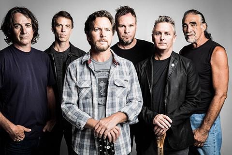 Pearl-Jam-donara-$us-100-mil-a-victimas-de-deslave-minero