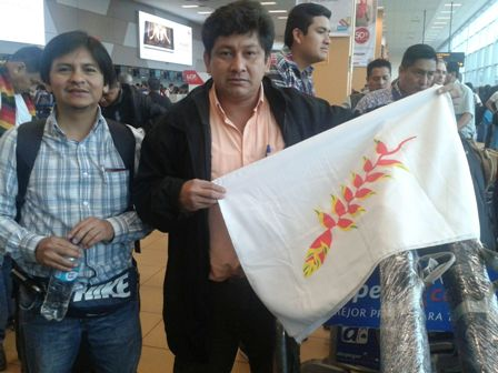 Adolfo-Chavez-pone-en-duda-su-regreso-al-pais