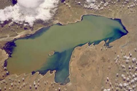 La-muerte-anunciada-del-lago-Poopo-se-debe-en-parte-al-desvio-de-aguas-hacia-Peru