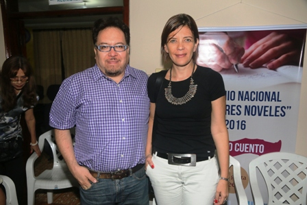 Baudoin-y-Guzman-reciben-distincion-