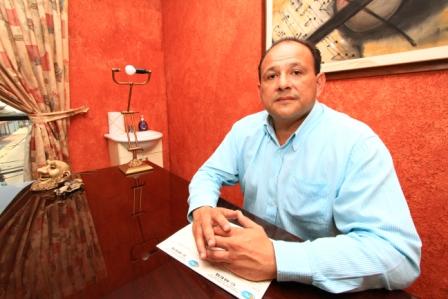Presidente-del-Colegio-Medico
