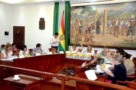 Concejo-Municipal-aprueba-receso-