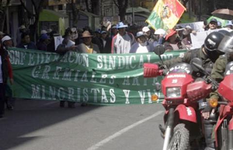 Importadores-anuncian-marcha-y-bloqueo-para-el-11-de-enero-
