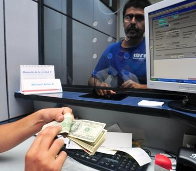 Actividad-bancaria-internacional-se-contrajo