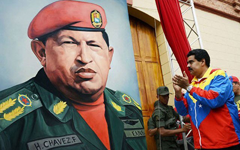 Maduro-promulga-decreto-para-evitar-profanacion-de-restos-de-Chavez