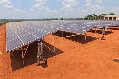 Empresa-alemana-se-adjudica-diseno-final-de-la-planta-solar-en-Oruro