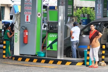 Santa-Cruz-encabeza-el-consumo-de-combustibles