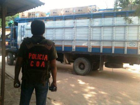 Decomisan-camiones-con-contrabando