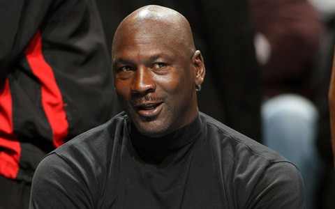 Michael-Jordan-por-primera-vez-entre-los-mas-ricos-del-mundo-