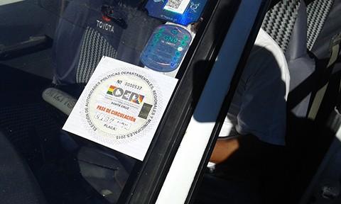 Vehiculos-retenidos-con-pases-de-circulacion-falsificados